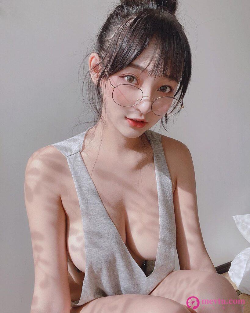 台湾省妹子林襄比基尼内衣INS写真集 清纯美女-第1张