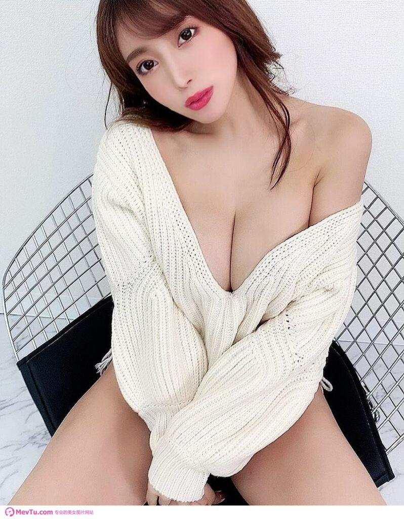 日本写真偶像森咲智美高清写真图片 性感美女-第1张