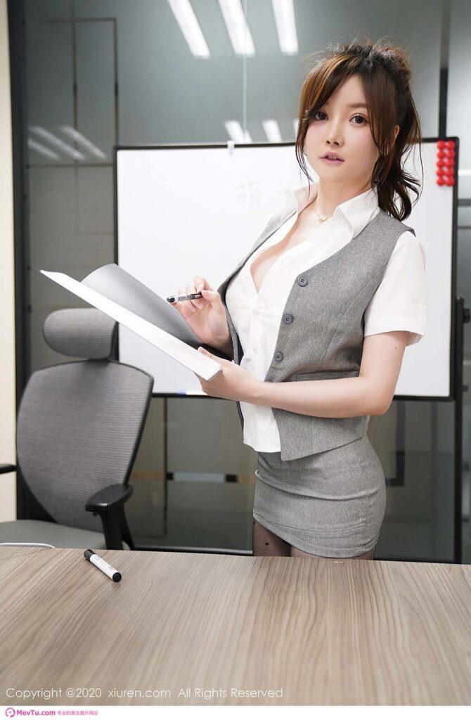 秀人 糯米子Mini 黑丝制服Online 秘书版全集在线浏览 性感美女-第2张