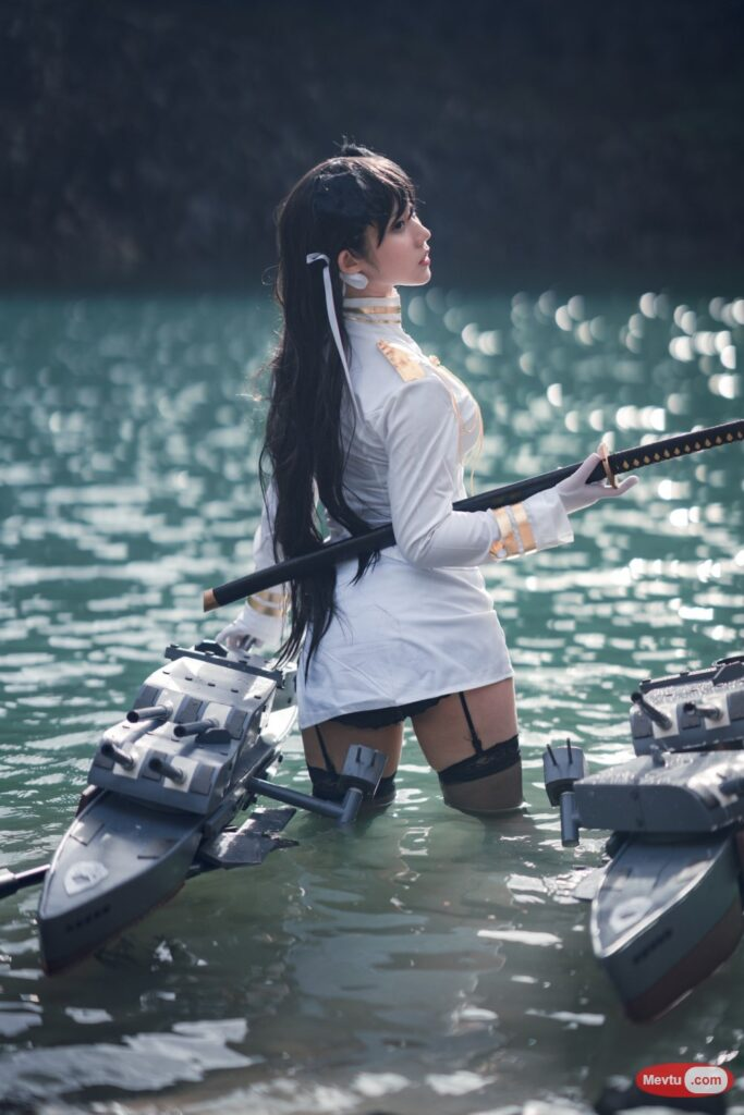 Cosplay [镜酱_kagami] 爱宕 Atago Azur Lane 性感美女-第1张