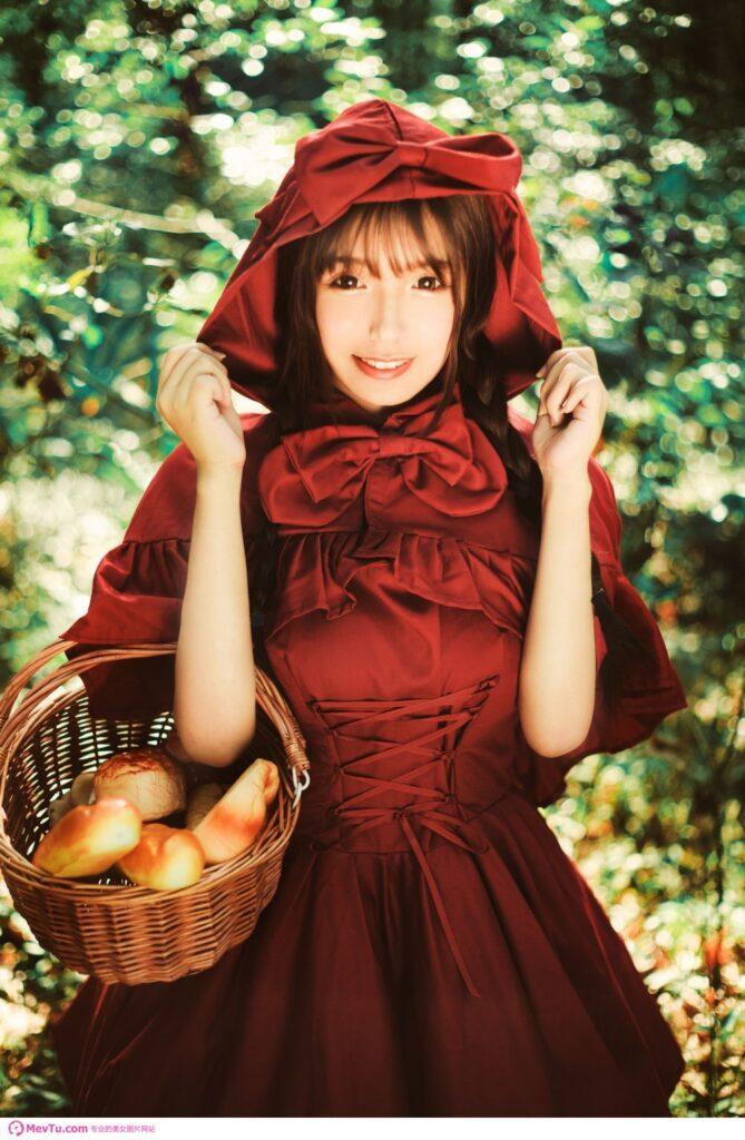 史上最美小红帽,人人都想当大灰狼! 清纯美女-第1张