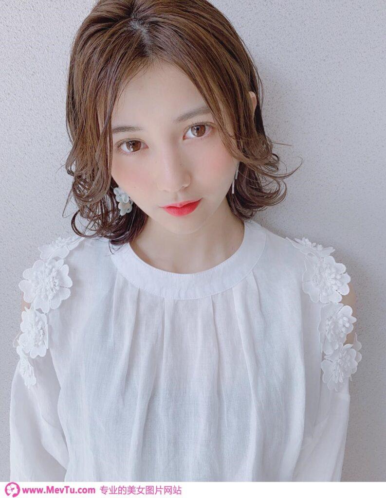 真女神:日本顶级美女!全日本就她最美! 2020杂志小姐冠军「新井遥」神级五官犯规到不行_怎么拍都超美 清纯美女-第1张