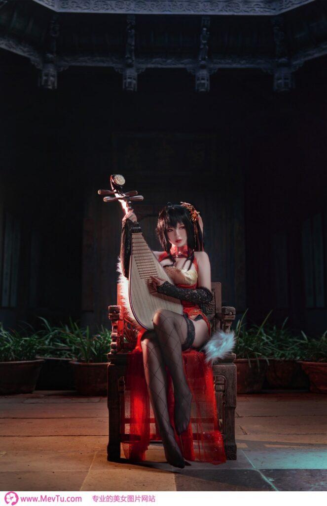 Cosplay [半半子Banbanko] 凤鸣春暁 大凤チャイナ服 性感美女-第1张